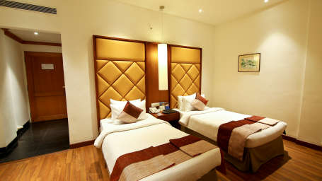 Superior Room The Gokulam Park Kochi 9