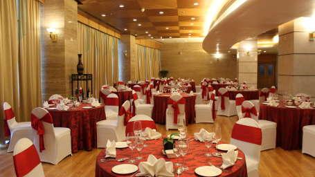 The Orchid Hotel Mumbai Vile Parle Mumbai Prive Banquet Halls The Orchid Hotel Mumbai Vile Parle near Mumbai Airport Domestic Terminal 1