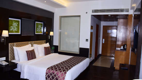 Rooms_at_Ananta_Hotels