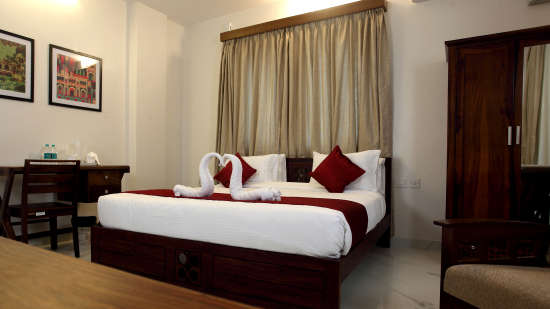 Rooms at Crimson Lotus 5