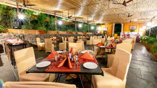 Chhajja Restaurant in Pune, Best restaurants in Pune, Fort Jadhavgadh, Pune