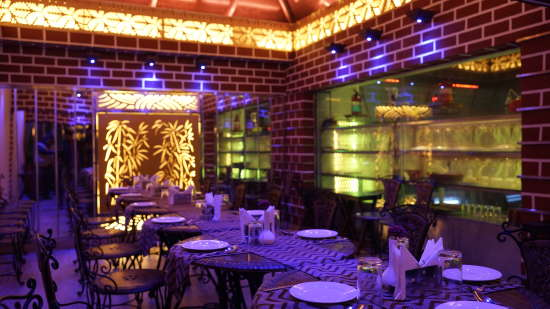 Restaurant In Patna, Gandhali At Hotel Gargee Grand, Dining In Patna 4