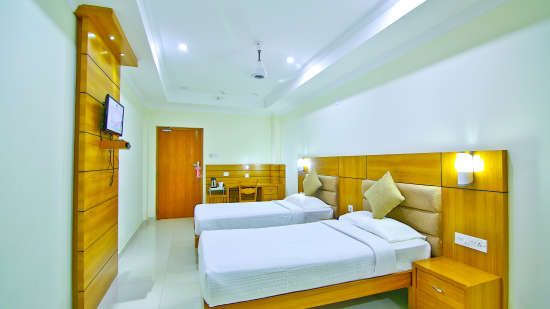 AC Standard, Rooms in Amballur, Stay in Thrissur, Sree Gokulam Residency 3