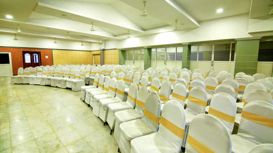 Hall 1, Hotel Sree Gokulam Vanamala, Banquet Hall In Guruvayur 1