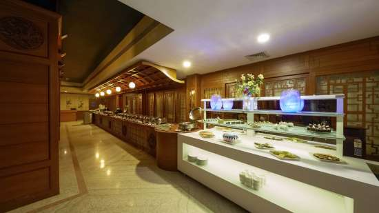 JP Hotel in Chennai Seabreeze Buueft Counter