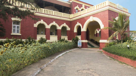 Mahodadhi Palace - Heritage Beach Resort in Puri