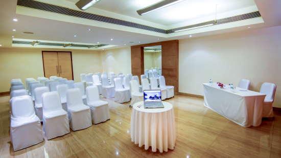 Banquet Halls at Radha Hometel Bangalore, hotels in bangalore 9