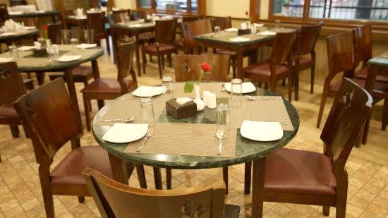 Rani Rasoi Restaurant Zara s Resort Hotels in Lonavla for Honeymoon Couples 1
