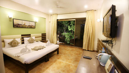 Super Deluxe Room, Zara's Resort, Khandala, Rooms in Lonavla 1