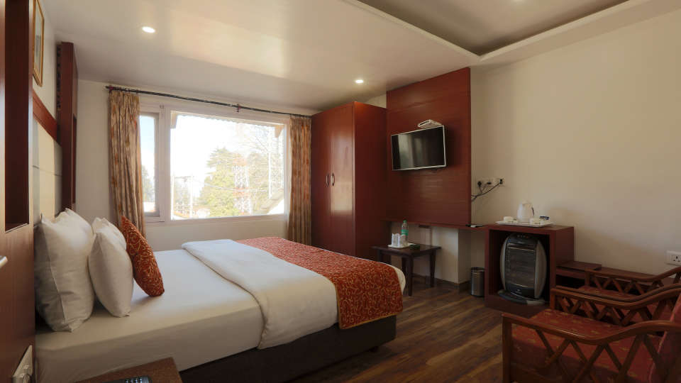 Standard Room at Alps Resort Dalhousie 4