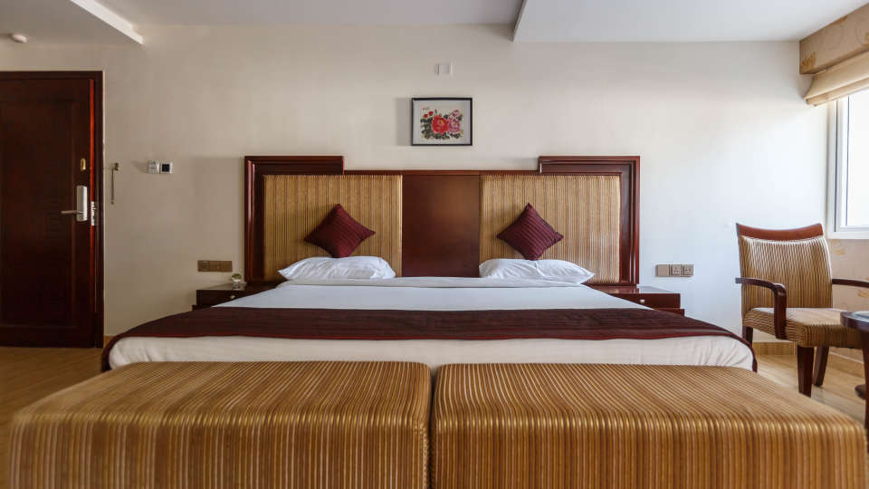 Luxury Rooms at Apollo Greens Serviced Apartments Bangalore Best luxury hotels near Cambrige Layout in Bangalore 8