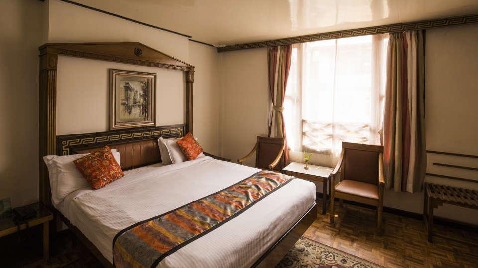 Central Hill Resort, Gangtok Gangtok club room