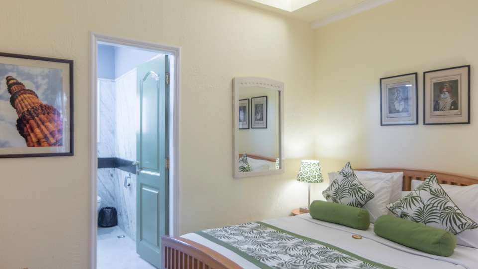 Standard Rooms,Colonels Retreat, Hotels Near The Airport