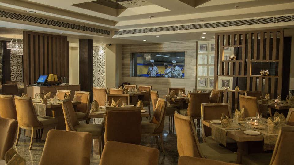 Fine dining at Efcee Sarovar Portico, Hotel In Bhavnagar 0008