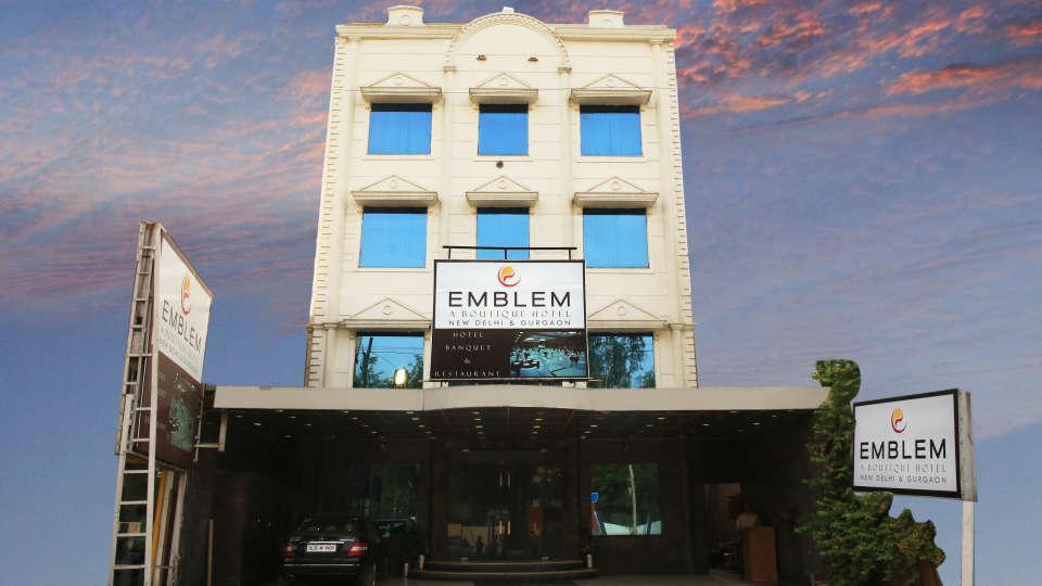 Emblem Hotel, Sector 14, Gurgaon Gurgaon PAA 5237a