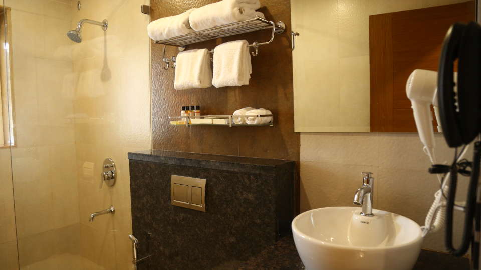 Evoke Lifestyle Candolim, Goa  - Club room bathroom - Evoke Hotels