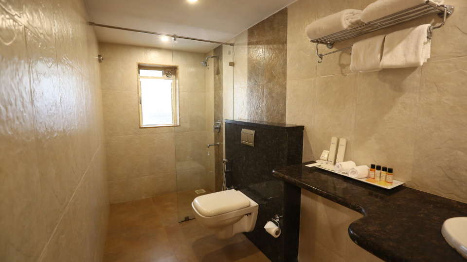 Evoke Lifestyle Candolim, Goa  - Suit Bathroom - Evoke Hotels