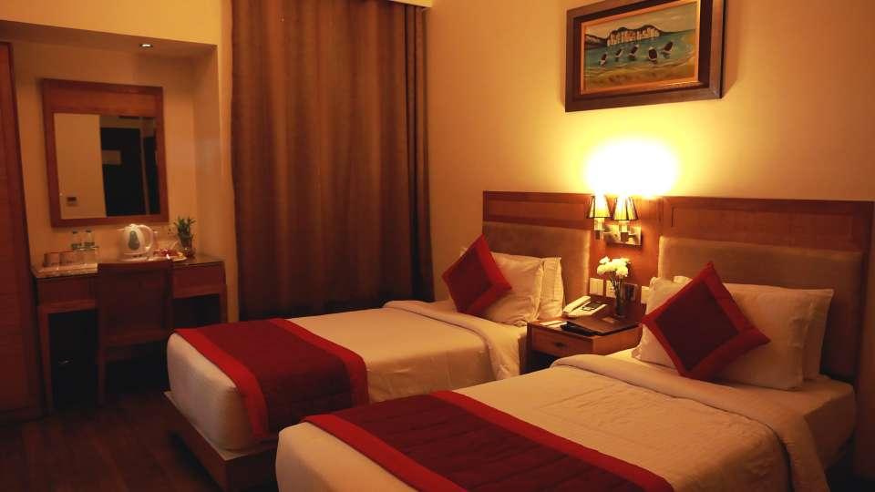 Evoke Lifestyle New Delhi Hotel Deluxe Room 1