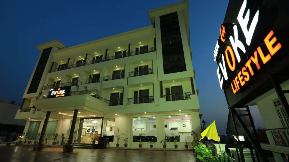 Evoke Lifestyle, Katra, the best hotels in katra near railway station, 5 star hotels in katra vaishno devi