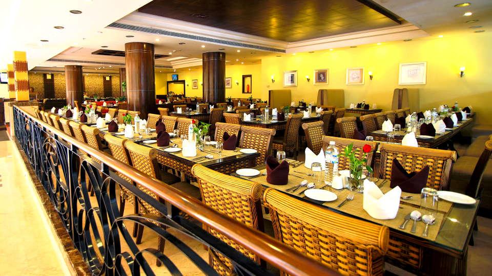 24x7 Bytes 5, Gokulam Park Sabari, Navalur Restaurant