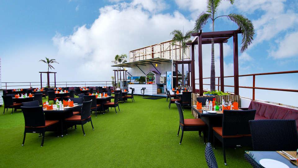 Skyline Roof Garden 2, Gokulam Park Sabari, Rooftop Restaurant in Chennai