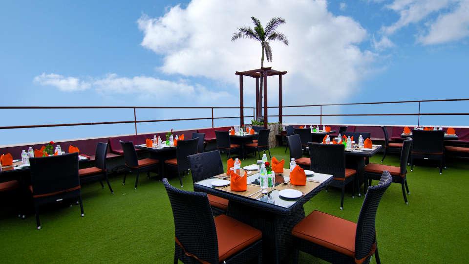 Skyline Roof Garden 3, Gokulam Park Sabari, Rooftop Restaurant in Chennai