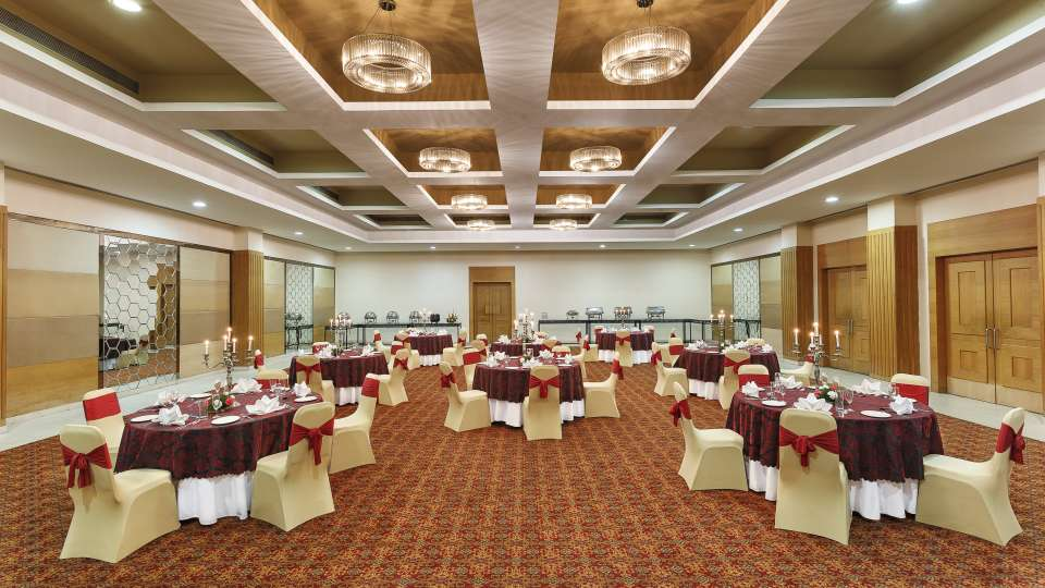 Banquet Hall ,Hometel Roorkee, Social events in Roorkee