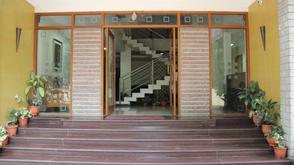 Hotel Arama Suites Bangalore main entrance hotel arama suites bangalore