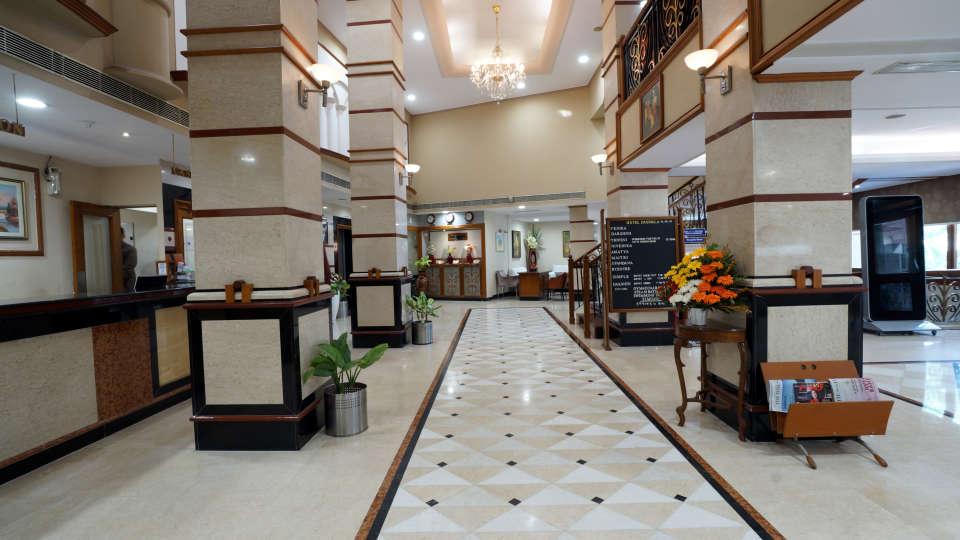 Lobby at Hotel Daspalla Visakhapatnam 4