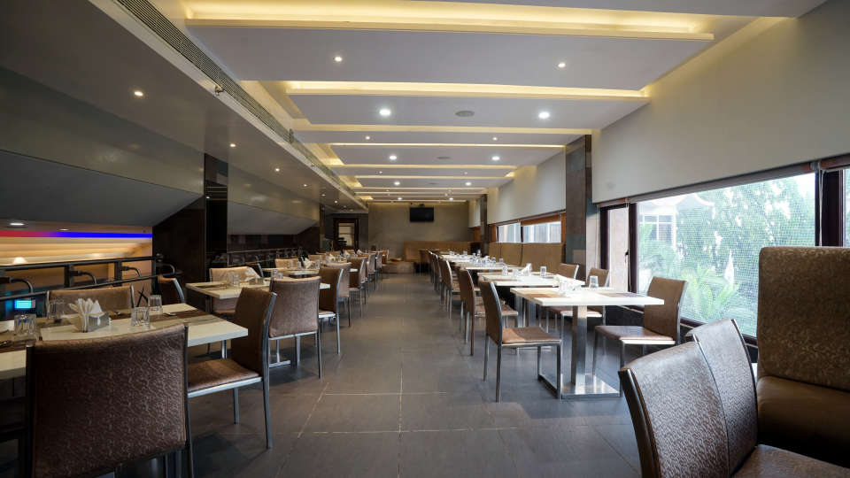 Dharani Restaurant at Hotel Daspalla Vishakhapatnam 1