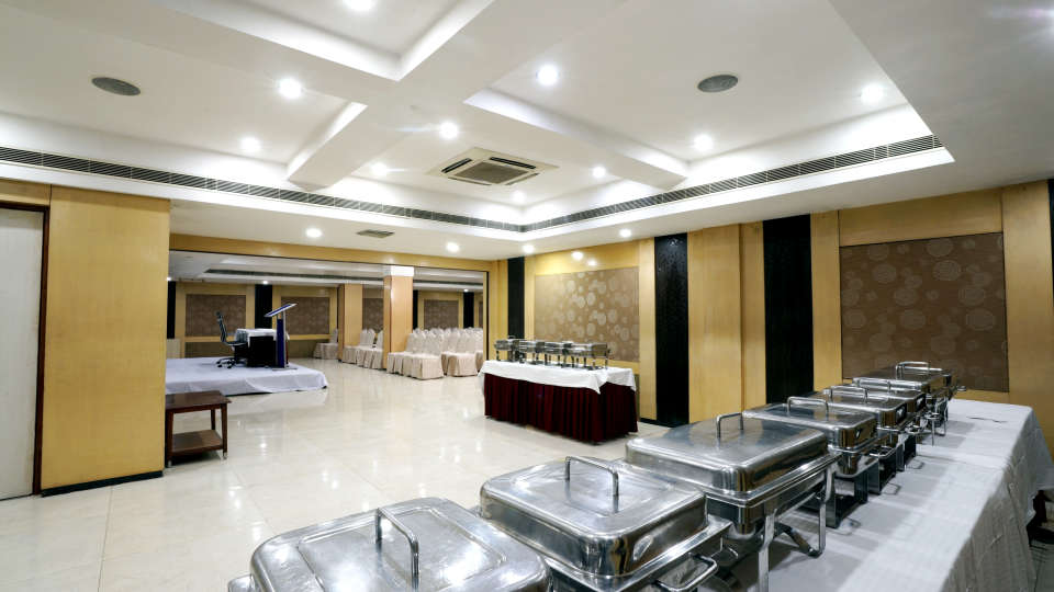 Banquet Halls at Hotel Geetha Regency in Guntur 12