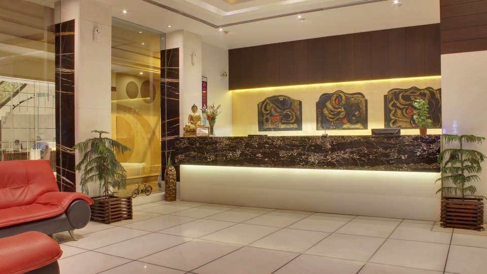 Reception Hotel Godwin Deluxe New Delhi
