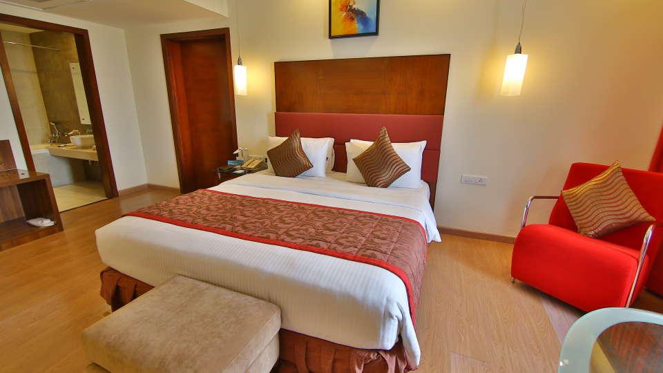 suites in coimbatore, hotel gokulam park, hotel near coimbatore airport 1