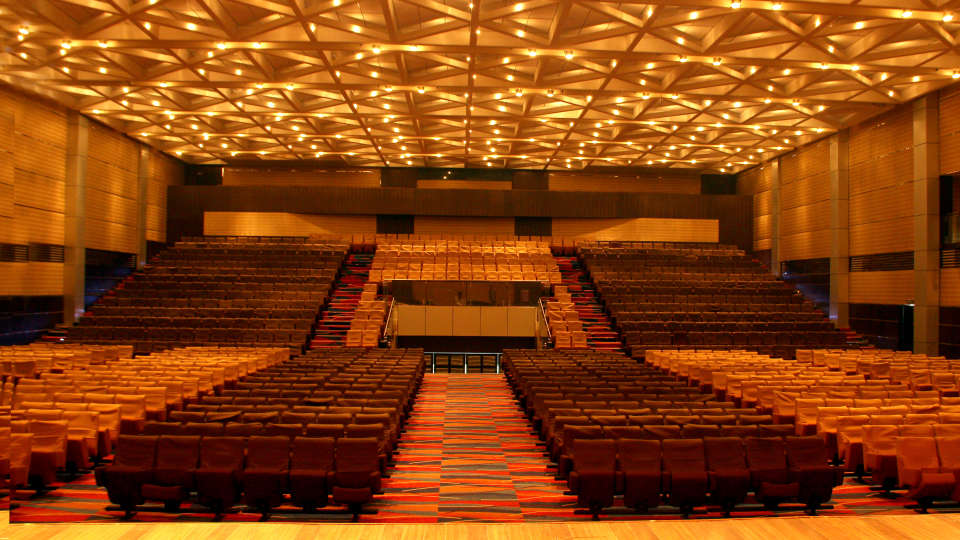 Sabari Hall at gokulam park and convention centre kochi , confreence halls in kochi 5