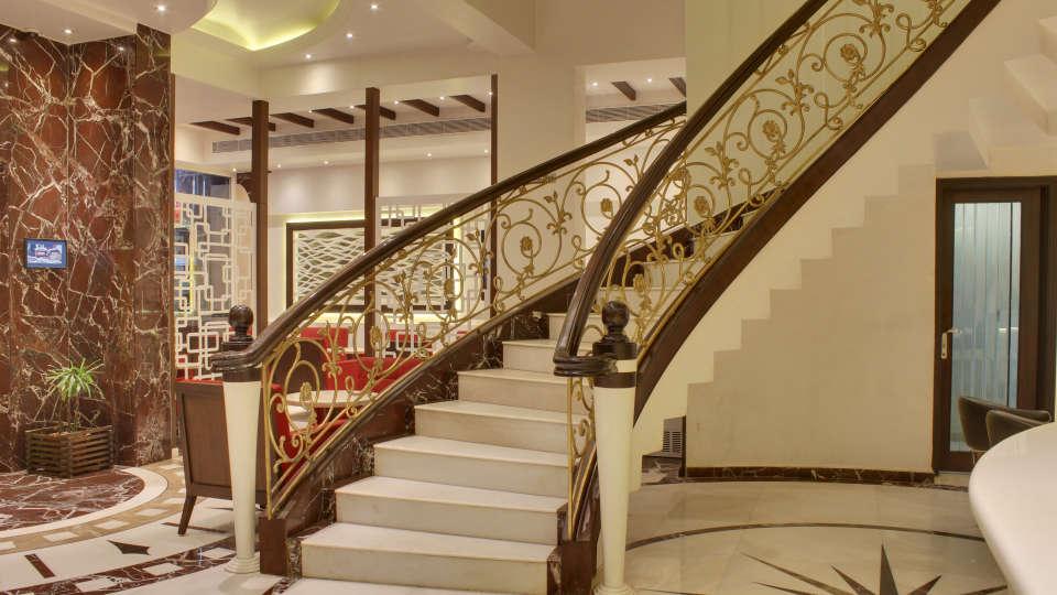 Lobby Grand Godwin New Delhi 12