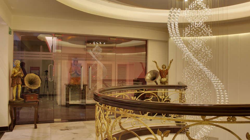 Lobby Grand Godwin New Delhi 14