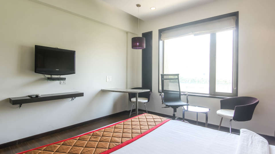 Executive rooms in Pune, Stay in Pune-1, Hotel Mint Lxia, Pune-3