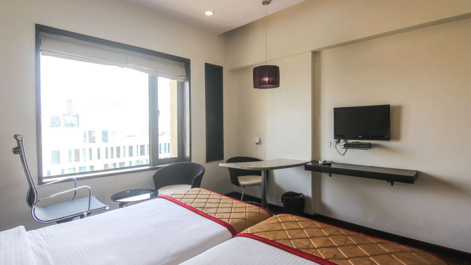 Twin-bed rooms in Pune, Hotel rooms in Pune-1, Hotel Mint Lxia, Pune-5