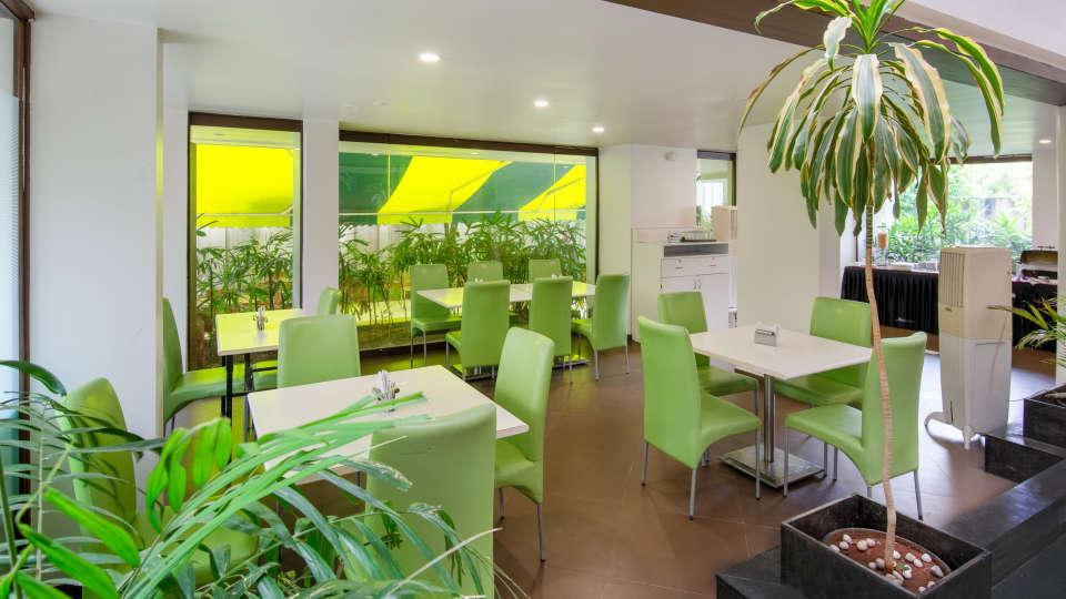 27-Indoor restaurant