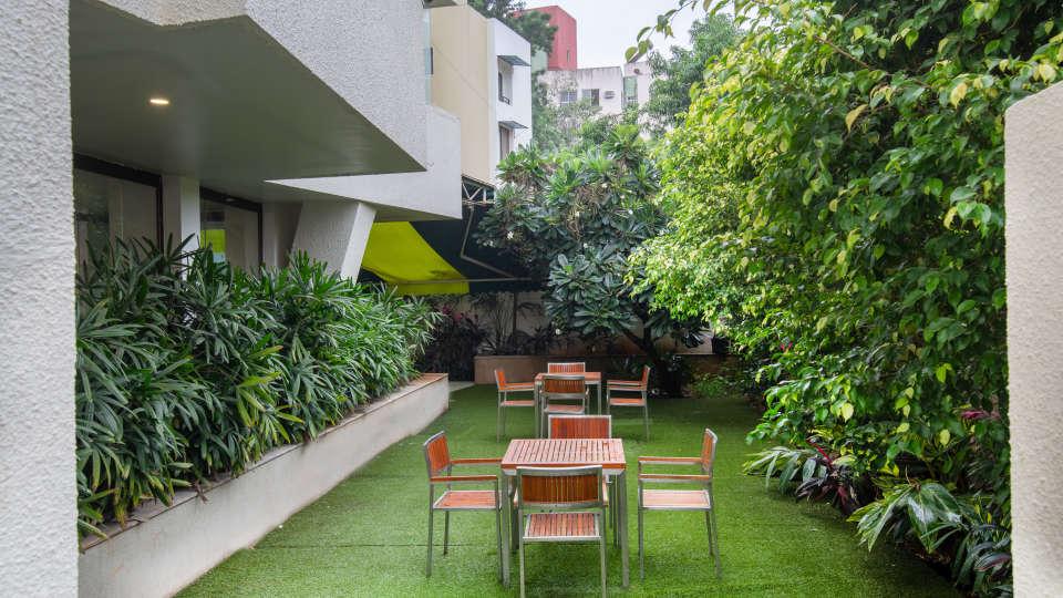 29-Lawn restaurant 1