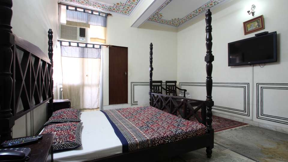 Hotel Raghuraj Palace Jaipur Super Deluxe Rooms Hotel Raghuraj Palace Jaipur 6