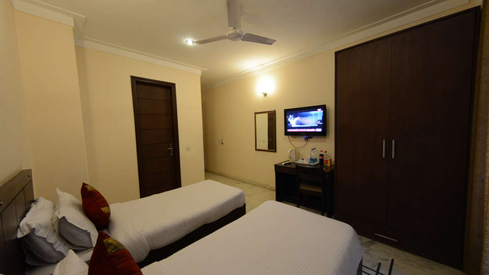Hotel Royal Sapphire, Gurgaon Gurgaon Deluxe 4 Hotel Royal Sapphire Gurgaon