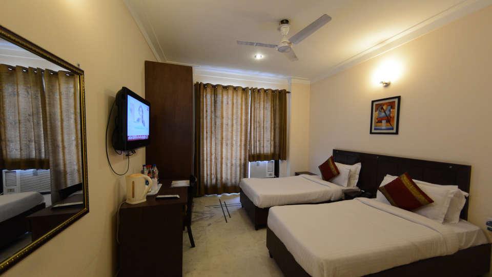 Hotel Royal Sapphire, Gurgaon Gurgaon Deluxe Room Hotel Royal Sapphire Gurgaon
