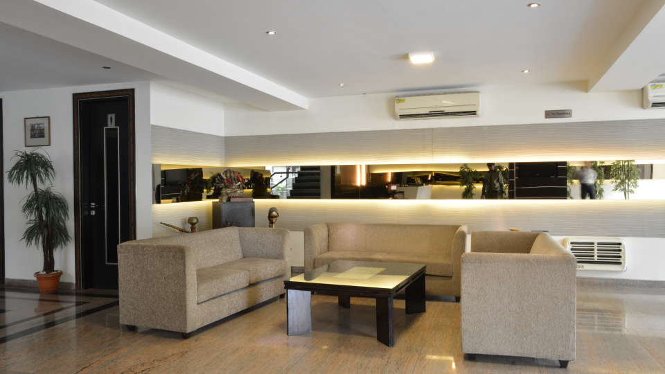 Hotel Shreyans Inn, Safdarjung Enclave, New Delhi Delhi Shreyans Inn Safdarjung Enclave New Delhi Lobby