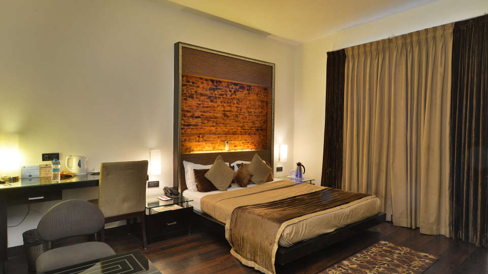 Hotel Shreyans Inn, Safdarjung Enclave, New Delhi Delhi Shreyans Inn Safdarjung Enclave New Delhi Luxury Rooms11