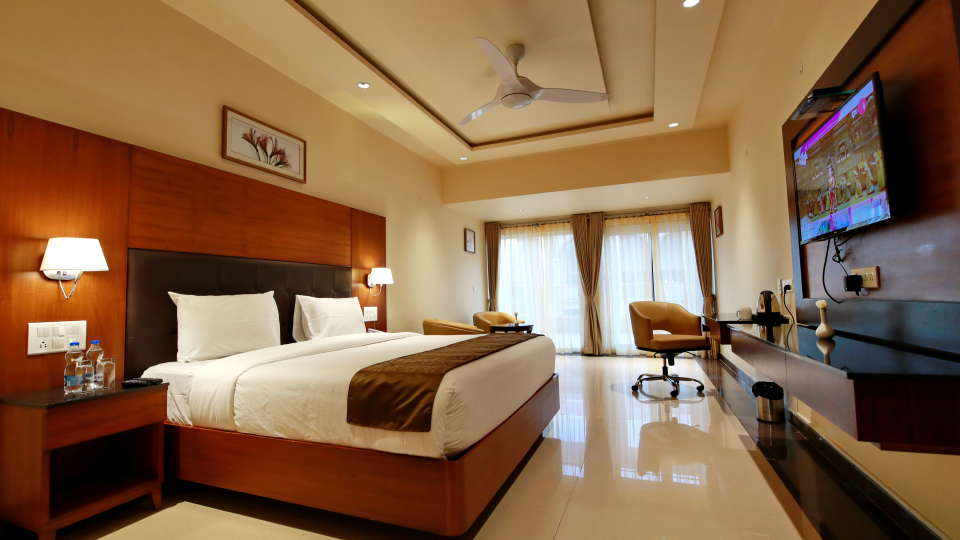 Suite Rooms at Hotel Southern Star Davangere 2