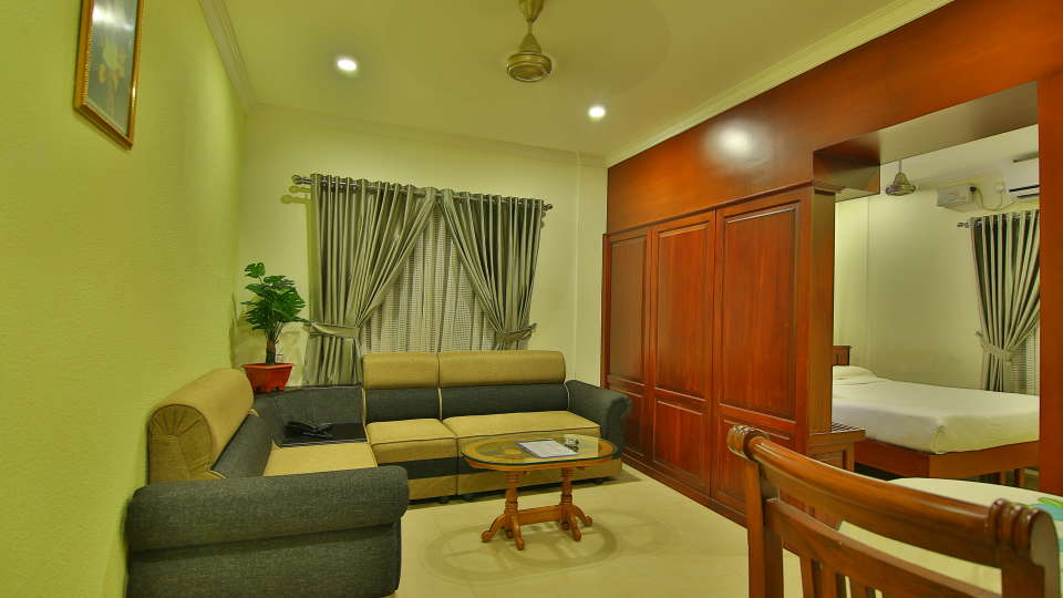 ROOMS , Sree Gokulam Fort Hotel ,Budget Hotel in Thalassery7
