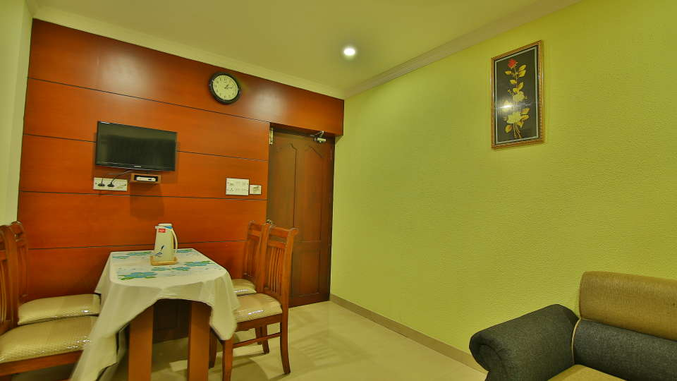 ROOMS , Sree Gokulam Fort Hotel ,Budget Hotel in Thalassery8
