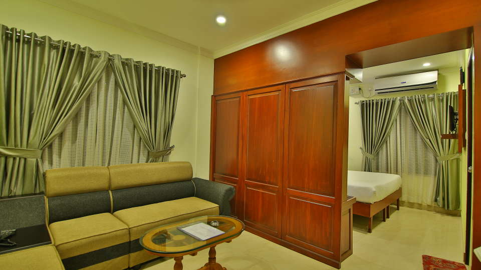 ROOMS , Sree Gokulam Fort Hotel ,Budget Hotel in Thalassery9