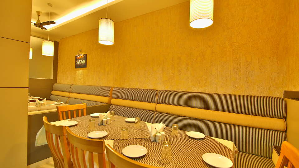 Restaurants, Hotel Sree Gokulam Fort,Restaurant in Thalassery3